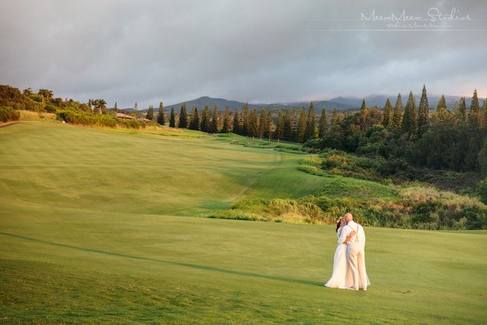 Bride on Golf Course Thumbnail