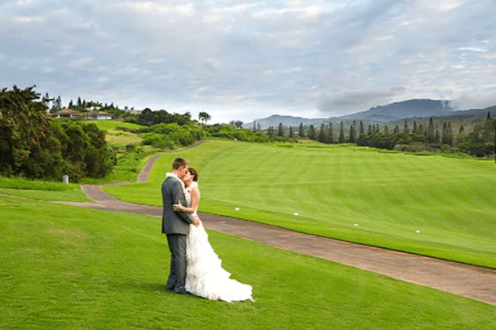 Bride & Groom on Golf Course Thumbnail